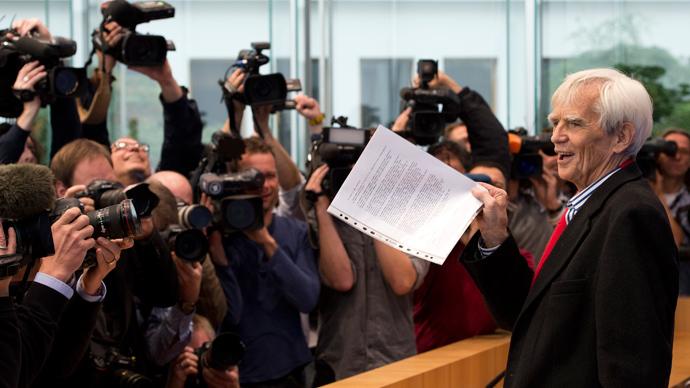 Snowden 'may meet whoever he wants' over Merkel phone hack – Kremlin