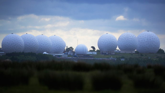 GCHQ intercepts Google, Yahoo cloud data hosted in Britain, feeds info to NSA