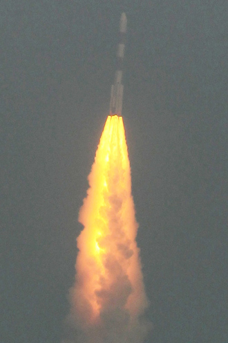 The PSLV-C25 launch vehicle, carrying the Mars Orbiter probe as its payload, lifts off from the Satish Dhawan Space Centre in Sriharikota on November 5, 2013 (AFP Photo)