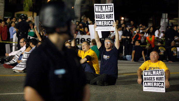 More than 50 arrested after largest civil disobedience act ever against Walmart (PHOTOS, VIDEO)