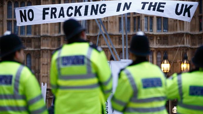 Prepare for fracking, UK minister tells Southern England