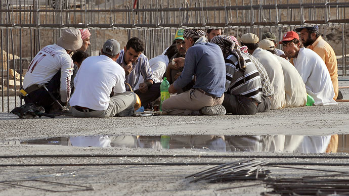 Foreign workers have a breakfast at a construction site in the Saudi capital Riyadh.(AFP Photo / Fayez Nureldine)