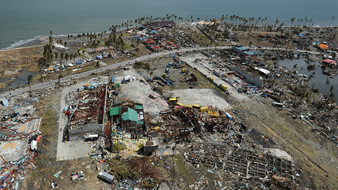 The small get it all: $15bn Philippines typhoon more painful than Sandy for US