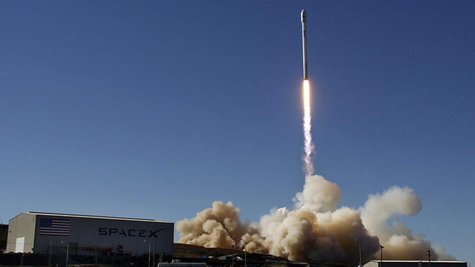 A Falcon 9 rocket carrying a small science satellite for Canada is seen as it is launched from a newly refurbished launch pad in Vandenberg Air Force Station September 29, 2013. (Reuters/Gene Blevins)