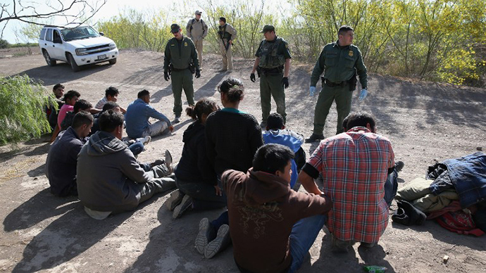 Number of Mexicans crossing US border lowest in decades