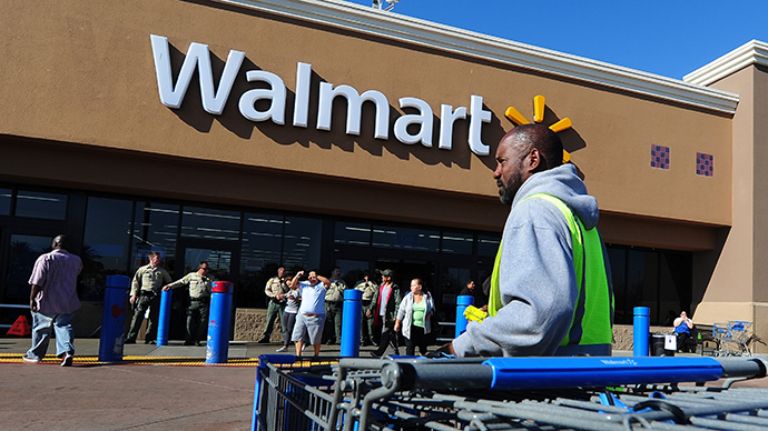 Walmart organizes charity food drive for own employees