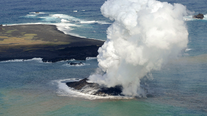 Apocalyptic supervolcanoes can suddenly explode 'with no outside cause'