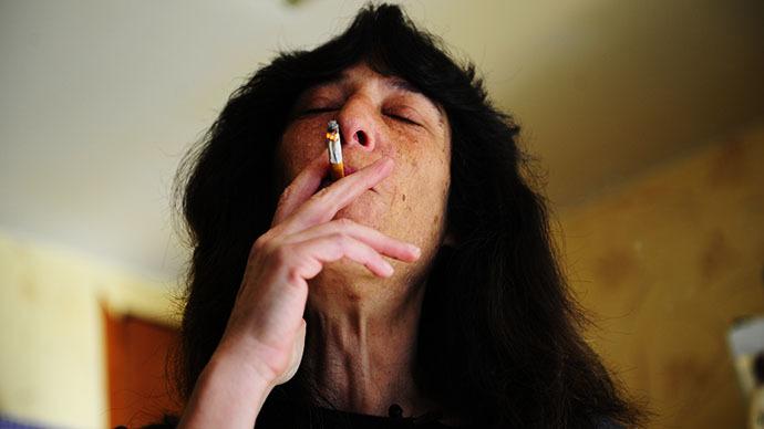 California town bans smoking in homes