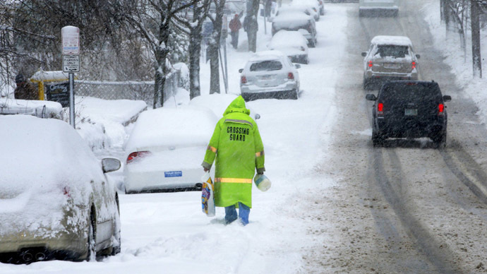 At least 1,600 flights put on hold as nor'easter storm prepares to dump snow across East Coast