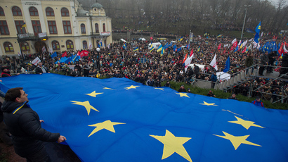 To deal or not to deal? Ukraine's  EU-Russia crossroads in facts and numbers
