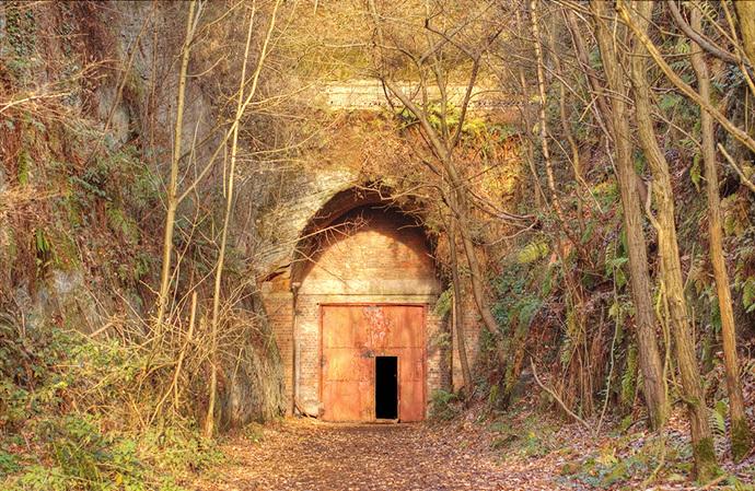 Drakelow Tunnel Entrance (Photo by Alex Lomas / flickr.com)