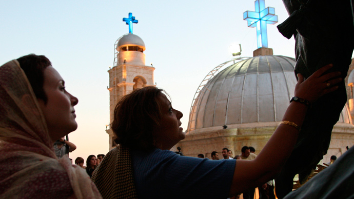 Islamist rebels seize part of ancient Syrian Christian town, take nuns captive