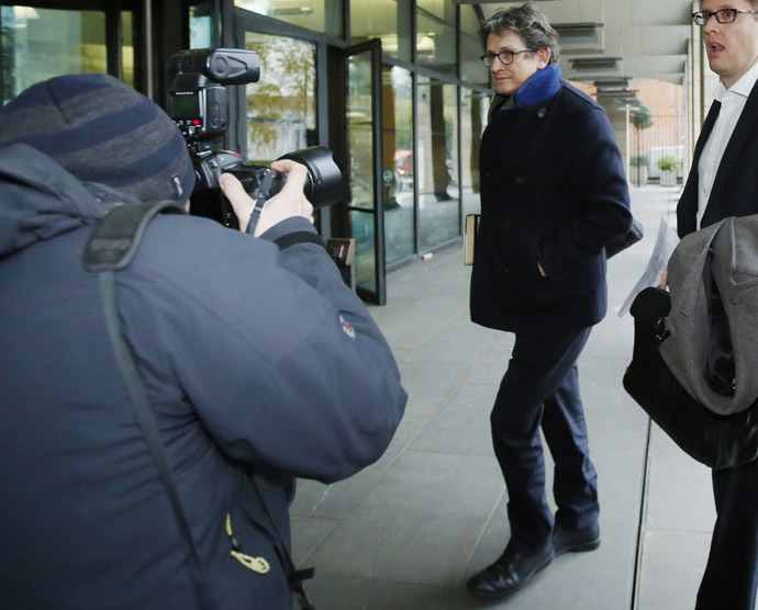 The editor of The Guardian Alan Rusbridger arrives at Portcullis House in London December 3, 2013. (Reuters/Luke MacGregor)