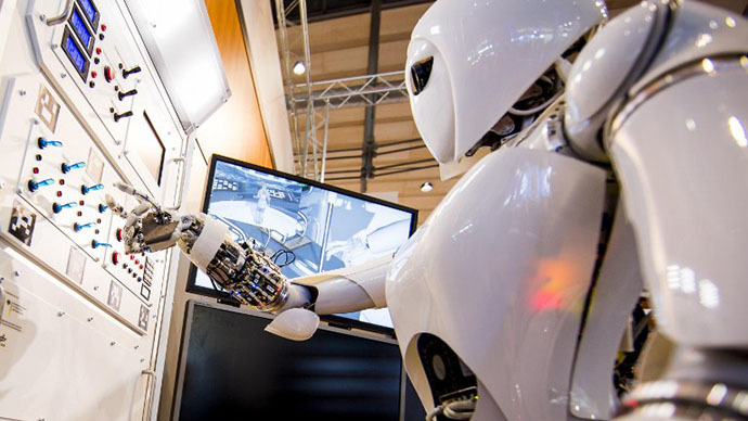 NASA unveils 6-foot-tall humanoid robot (VIDEO)