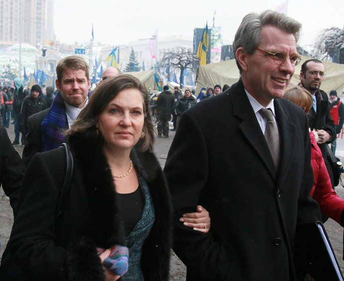 Assistant US Secretary of State Victoria Nuland and US ambassador to Ukraine Jeffrey Payette seen after meeting with the Ukrainian opposition leaders on the Nezalezhnost (Independence) square, Kiev. (RIA Novosti / Pyotr Zadorozhnyi)