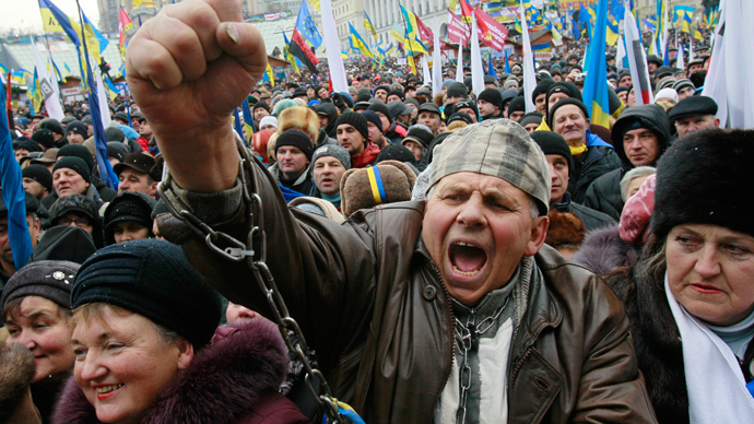 From Russian invasion to colored Statue of Liberty: Hoaxes fuel Ukrainian protest