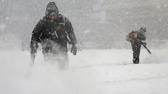 Gigantic snowstorm paralyses North East US