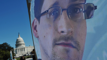 EU parliament votes to invite Snowden to testify over NSA spying