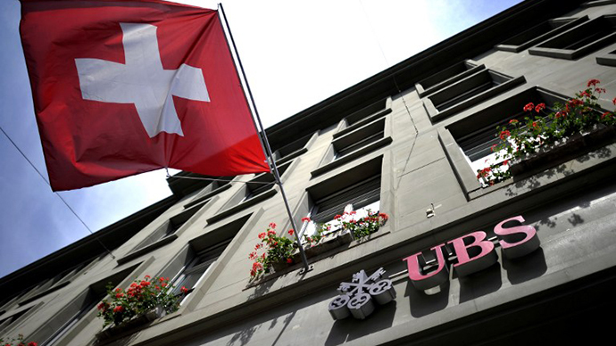 First Swiss bank agrees to 'sellout' its US clients