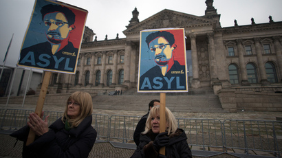 NSA considers amnesty for Snowden if he stops leaks