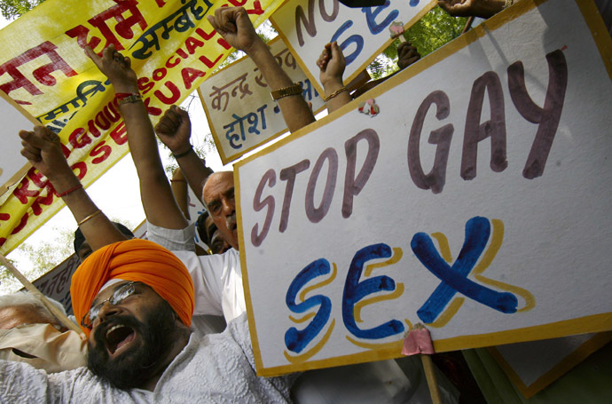 Activists of the National Akali Dal shout slogans during a protest in New Delhi (Reuters/Adnan Abidi)