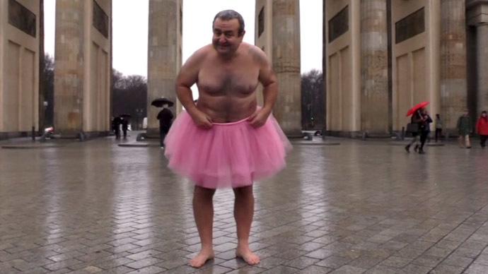 Sans-Culottes! 'No Pants Day' pranksters shock metro passengers worldwide (VIDEOS, PHOTOS)