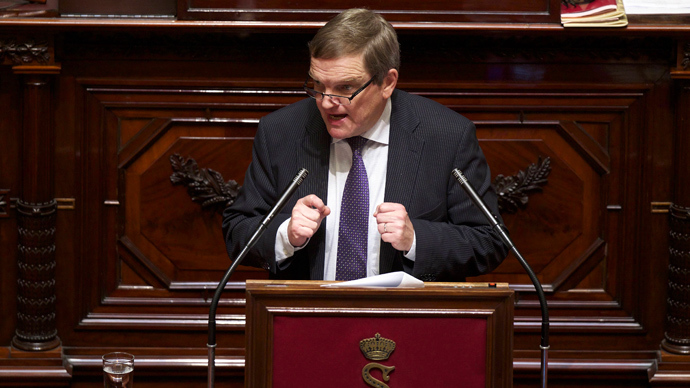 Guy Swennen (sp.a) speaks during a session of the Senate justice and social affairs commission on the expansion of the euthanasia law for minors, at the federal parliament in Brussels on December 12, 2013 (AFP Photo / Belga)