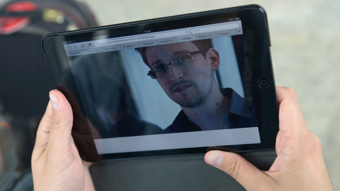 Snowden offers to help Brazil investigate NSA spying when he's given asylum