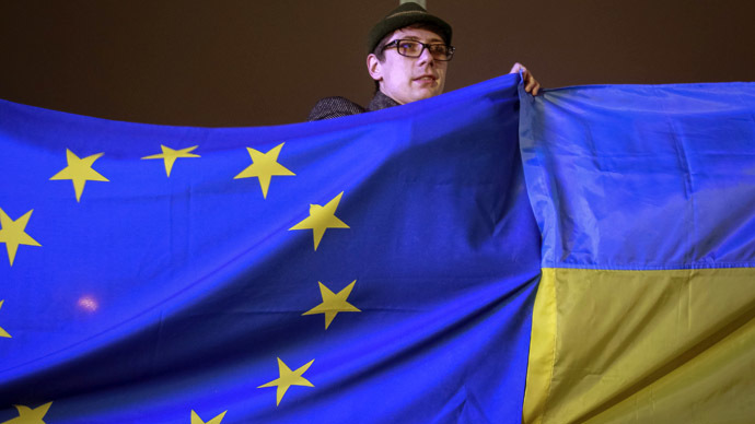 Russia, EU hint at financial aid in exchange for Ukraine's partnership