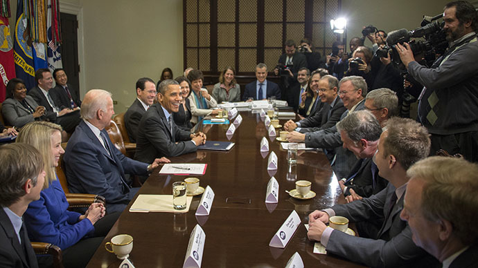 Tech execs steer away from HealthCare.gov, to NSA in Obama meeting