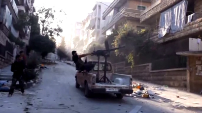 Syrian govt evacuates 5,000 from town besieged by Islamist rebels