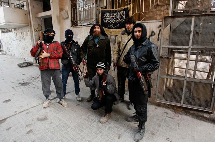 Members of Islamist Syrian rebel group Jabhat al-Nusra (Reuters / Molhem Barakat)