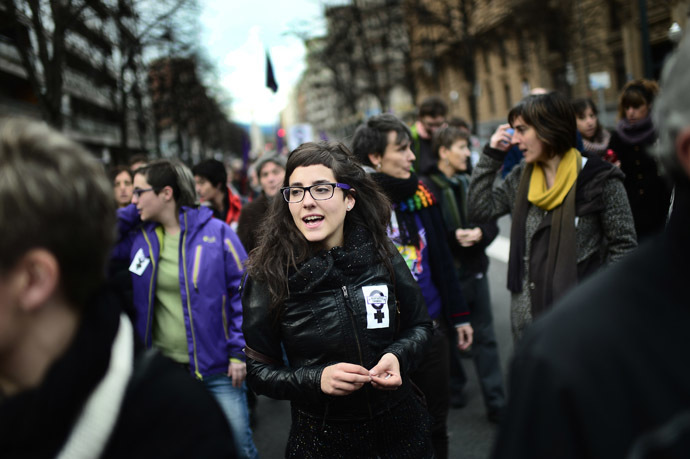 Demonstrators attend a pro-choice protest against the government's proposed new abortion law in Bilbao, December 21, 2013. (Reuters/Vincent West)