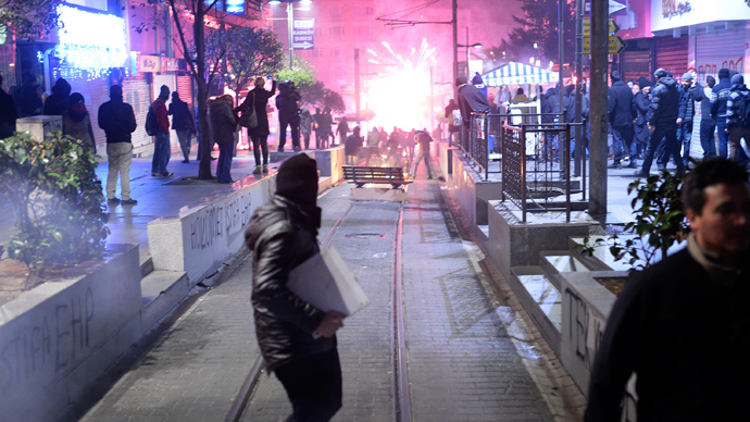 Turkish police fire water cannon at rally against 'Internet censorship' law (PHOTOS)