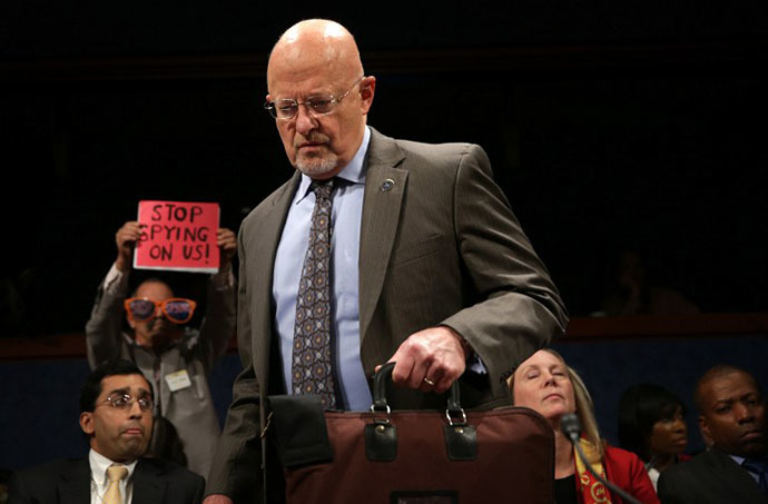 Director of National Intelligence James Clapper (AFP Photo / Alex Wong)