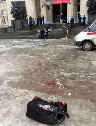 Aftermath of a suicide attack in Volgograd, on December 29, 2013 (AFP Photo / Stringer)