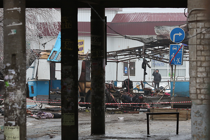 The site of an explosion on a trolleybus near Kachinsky Market in Volgograd. (RIA Novosti / Kirill Braga)