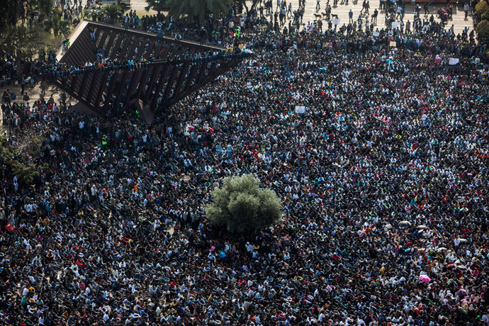 African migrants attend a protest at Rabin Square in Tel Aviv January 5, 2014.(Reuters / Nir Elias)