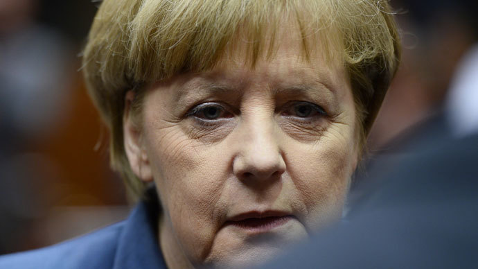 Merkel injured in skiing accident, cancels meetings