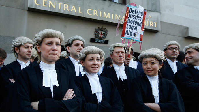 First criminal barrister strike in history of England over legal aid cuts