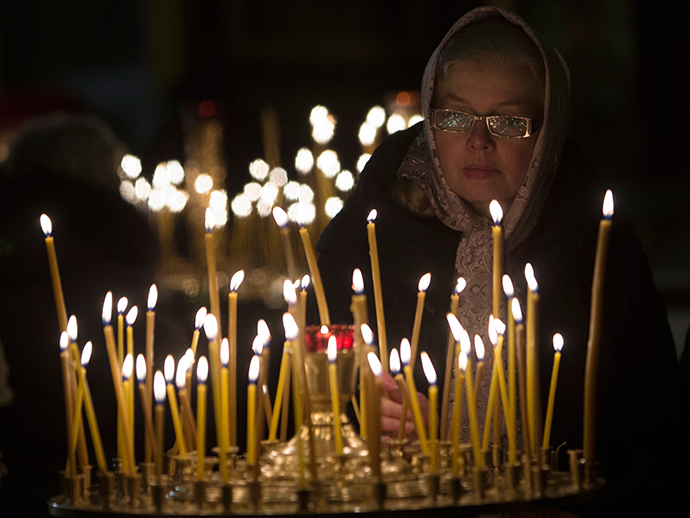 Parishioners during a Christmas service at the Kazan Cathedral in St. Petersburg. (RIA Novosti / Igor Russak)