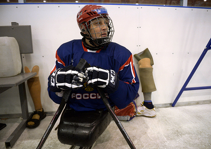 Captain of the Russian national sledge hockey team Vadim Selyukin during the team's training session in Aleksin. (RIA Novosti / Grigoriy Sisoev)