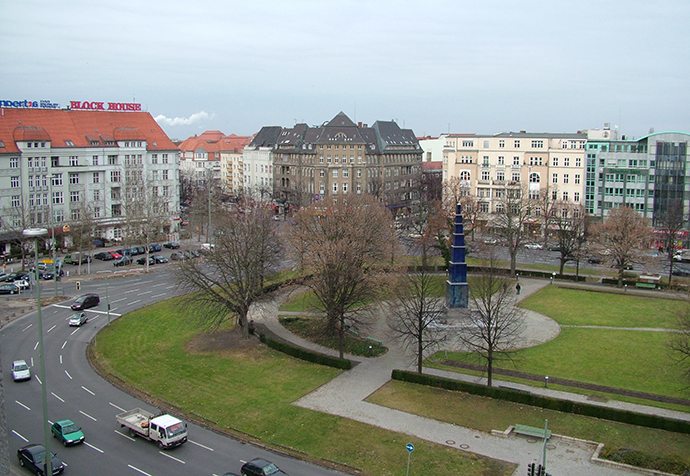 Theodor-Heuss-Platz in Berlin, 30 December 2004. (Image from wikipedia.org)