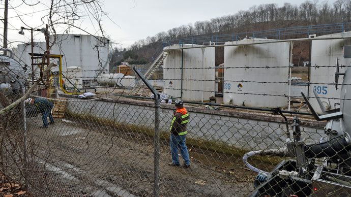 ​West Virginia chemical tests improve but water still undrinkable