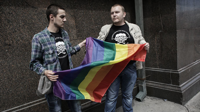 'Leave children alone' – Putin on gay rights in Russia
