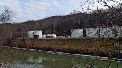 Hospital admissions over W. Virginia chem spill double even after water declared safe