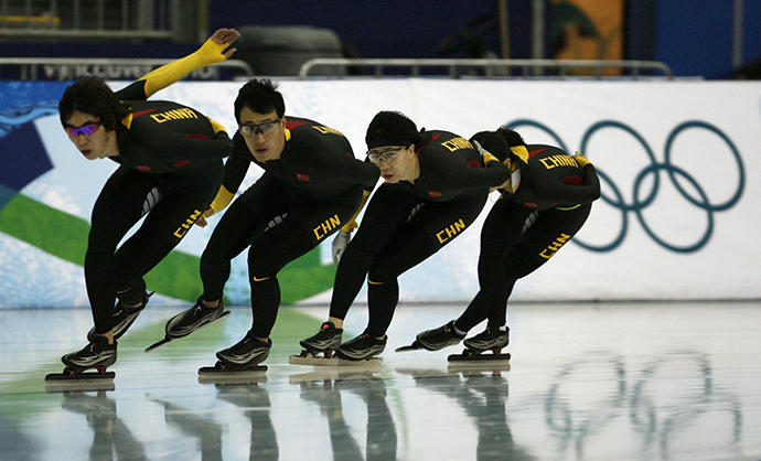 Members of China's speed skating team (Reuters / Andy Clark)