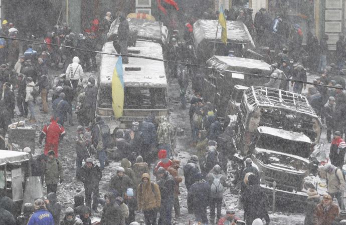 Pro-European integration protesters hold a rally in Kiev January 21, 2014. (Reuters/Vasily Fedosenko)