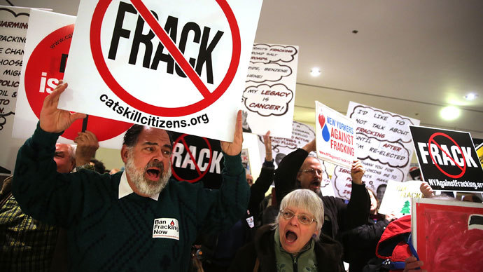 Texans angrily protest fracking after 30 earthquakes hit town
