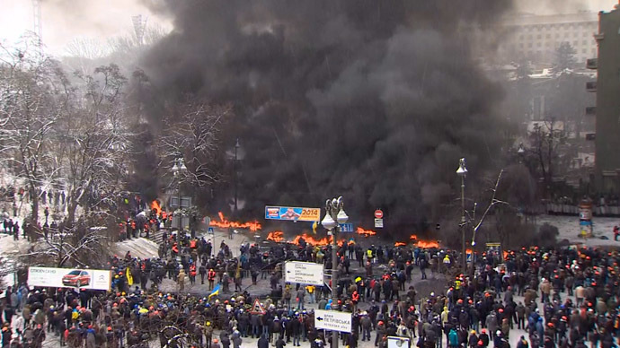 'Fallout' Kiev: Surreal scenes from rioting Ukrainian capital (PHOTOS)